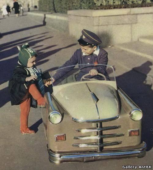 Машинки из советского детст...